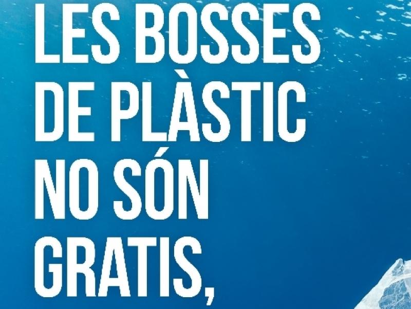 Entra en vigor l'obligatorietat de pagar les bosses de plàstic de nanses a tots els comerços