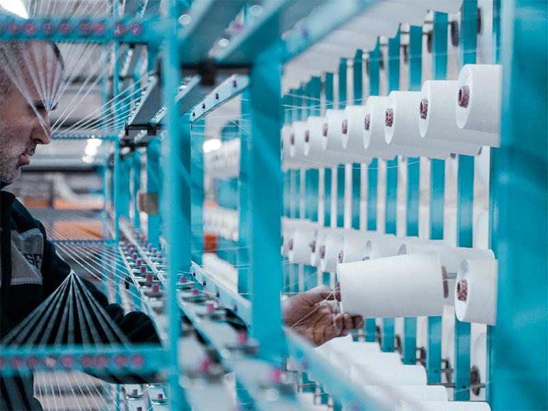 El Gobierno define un procedimiento para garantizar que las empresas industriales esenciales puedan desarrollar su actividad